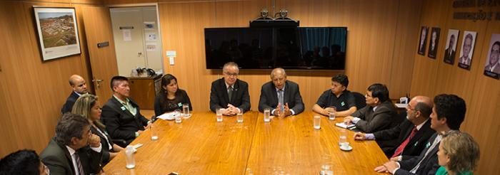 Minist rio de minas e energia se re ne com lideran as for Ministerio de minas