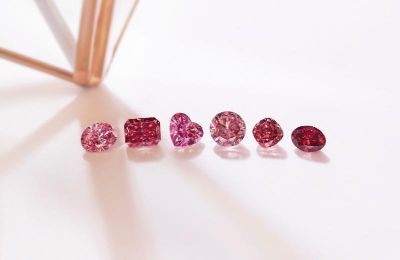 Coleção de diamantes rosas e vermelhos da Rio Tinto (mina Argyle, na Austrália) -