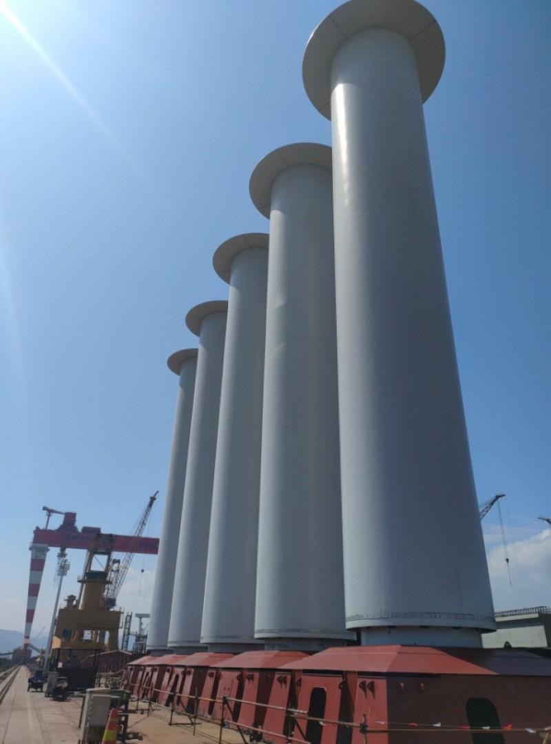 Navio VLOC Guaibamax de 325 mil t de capacidade com velas rotativas (foto: Vale)